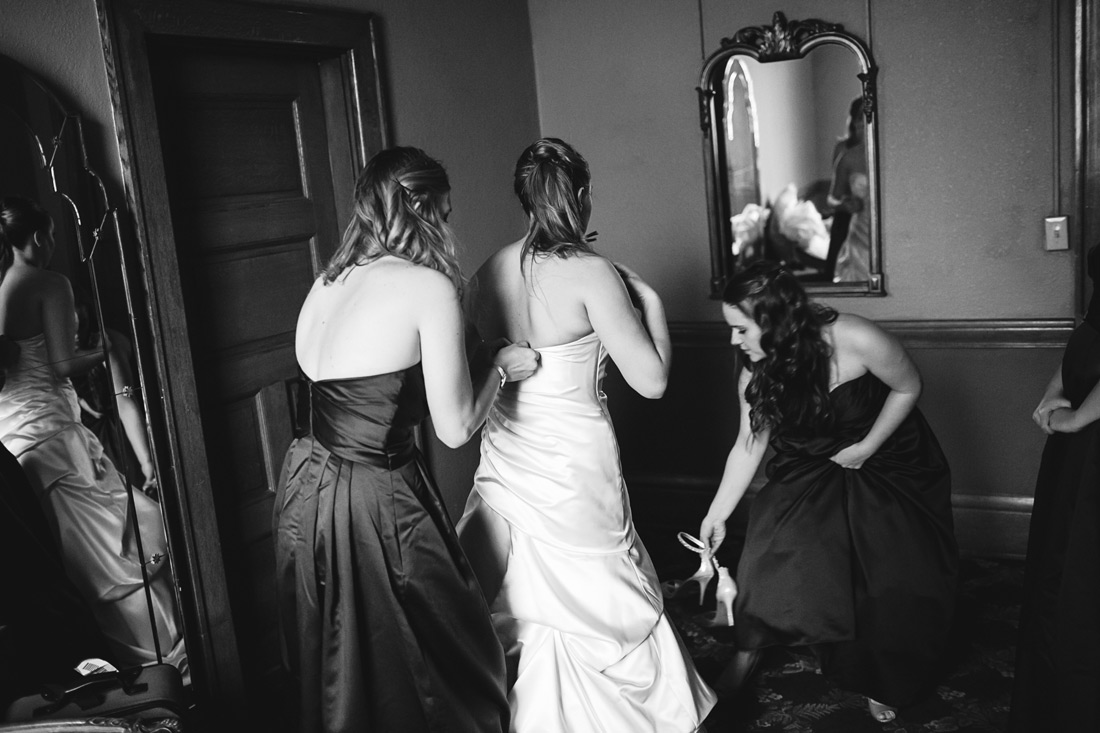 portland-wedding-016 First Baptist Church of Portland | Oregon Wedding Photographer | Sarah & Josh