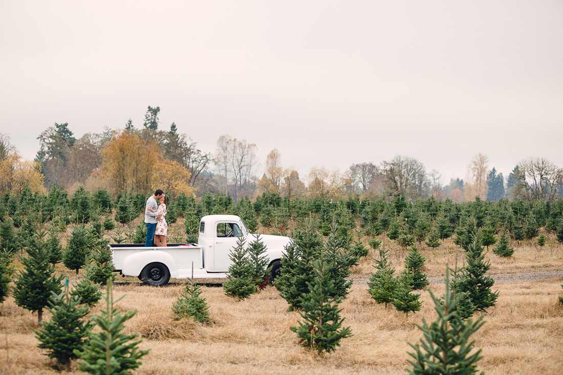 christmas-engagement-009 Oregon Engagement Pictures | Northern Lights Christmas Tree Farm | Jessica & Zach