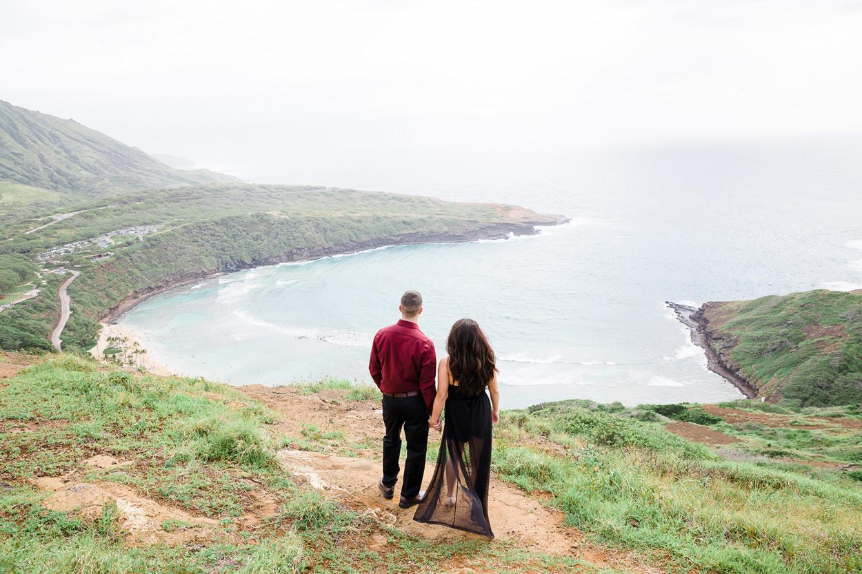 oahu-hawaii-wedding-photographer-008 Spitting Cave & Hanauma Bay Rim Trail Engagement Photos | Stephanie & Michael