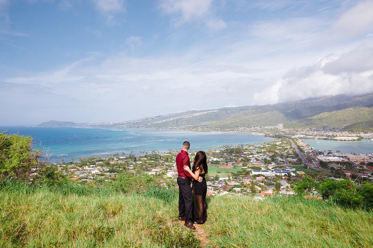 oahu-hawaii-wedding-photographer-012 Spitting Cave & Hanauma Bay Rim Trail Engagement Photos | Stephanie & Michael